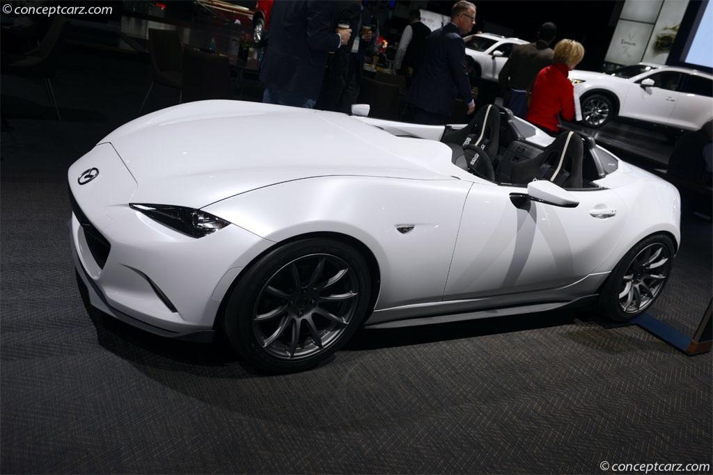 https://www.conceptcarz.com/images/Mazda/Mazda-MX-5-Miata-Spdstr-DV-17-DAS_01.jpg