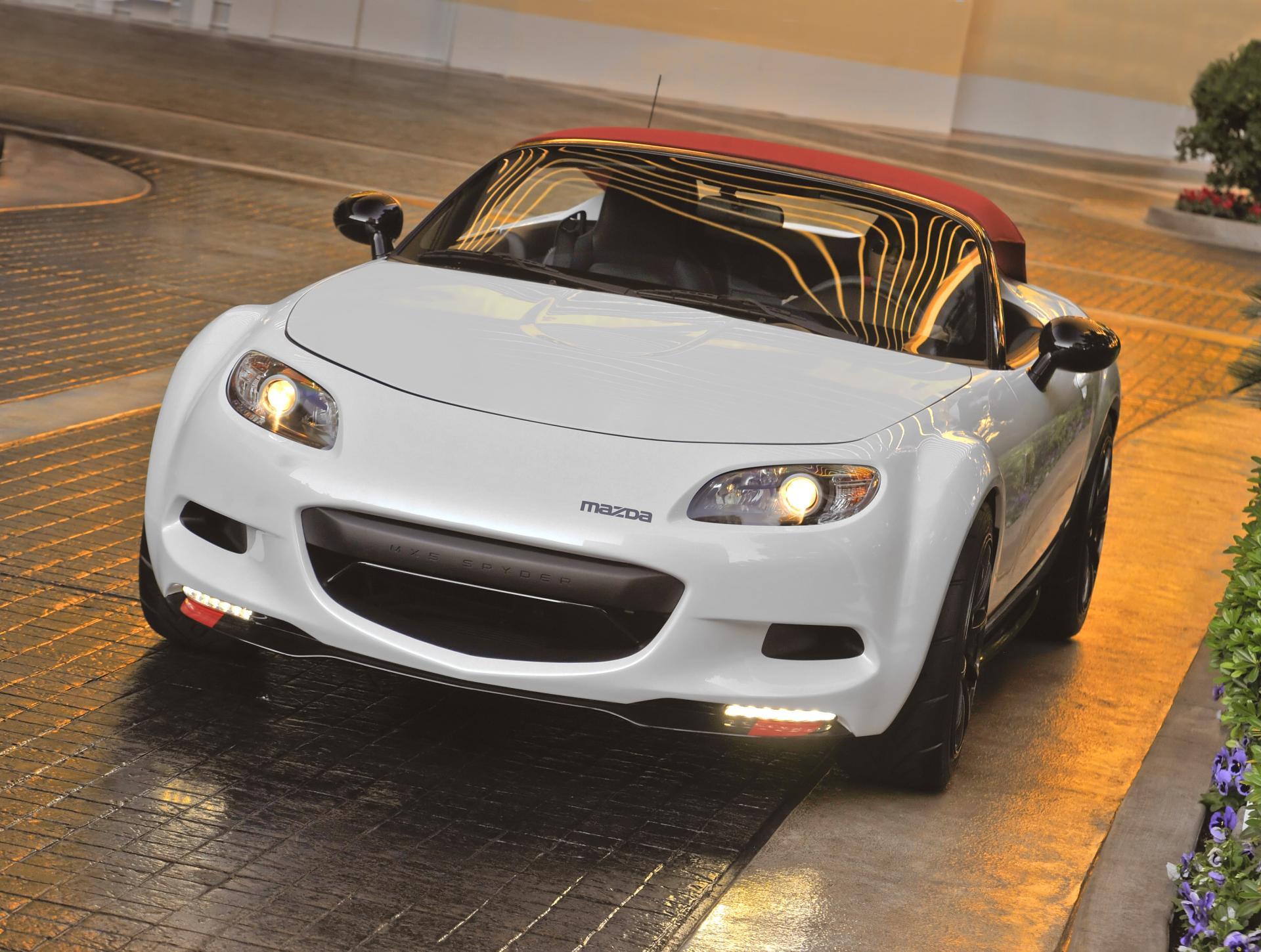 https://www.conceptcarz.com/images/Mazda/Mazda-MX-5_Spyder-2012-01.jpg