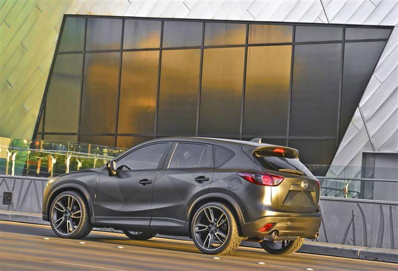 https://www.conceptcarz.com/images/Mazda/mazda-CX-5-Urban-SEMA_Image-01-800.jpg