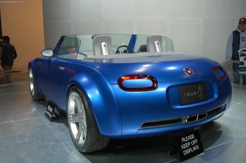 https://www.conceptcarz.com/images/Mazda/mazda_ibuki_chicago_04_dv_04-800.jpg