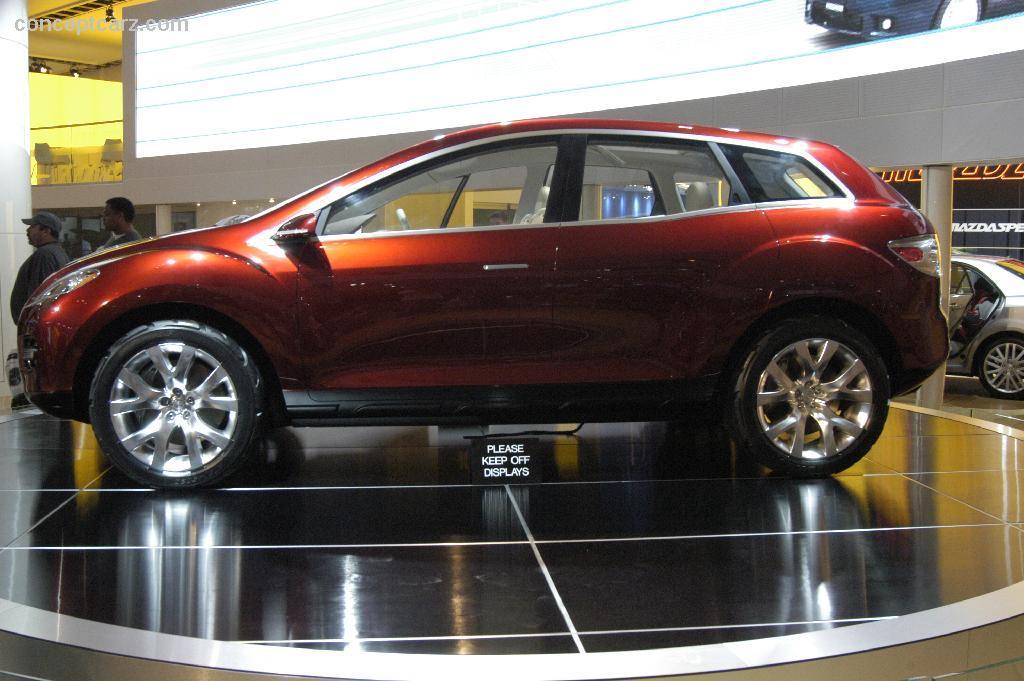 2006 Mazda MX Crossport Concept thumbnail image