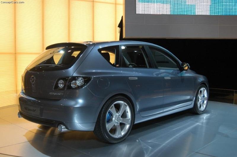 https://www.conceptcarz.com/images/Mazda/mazda_mxSportif_nyc_03_dv_01-800.jpg