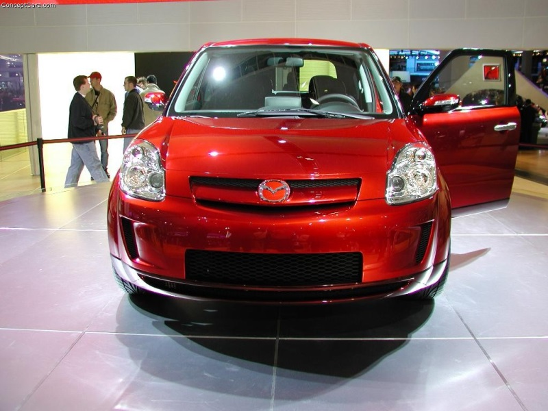 https://www.conceptcarz.com/images/Mazda/mazda_mx_micro_sport_detroit_04_pc_05-800.jpg