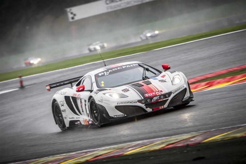 https://www.conceptcarz.com/images/McLaren/Mclaren-12C_GT3-24-Hours-of-Spa-017-800.jpg