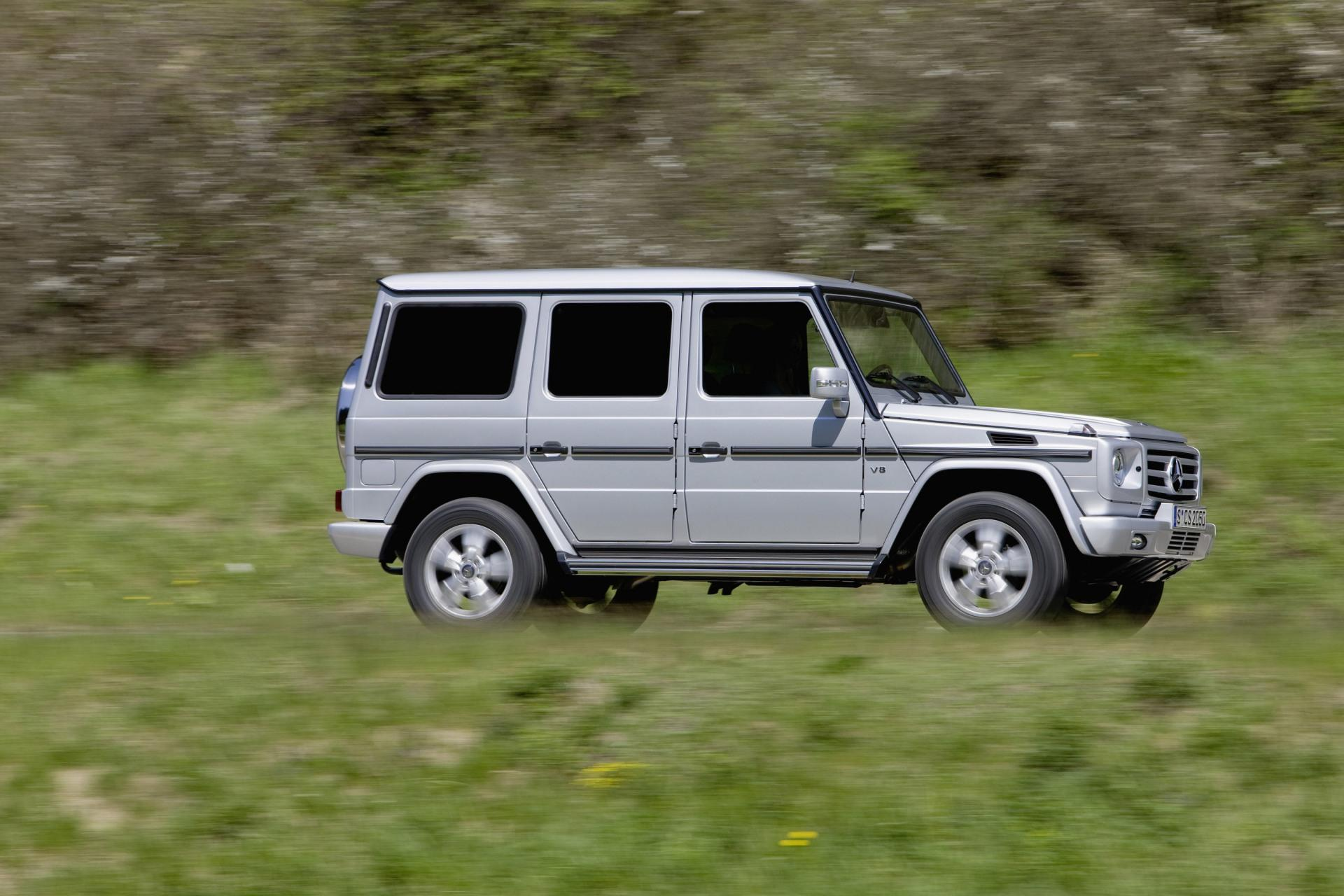 2010 mercedes benz g class news and information for Mercedes benz g class used 2003
