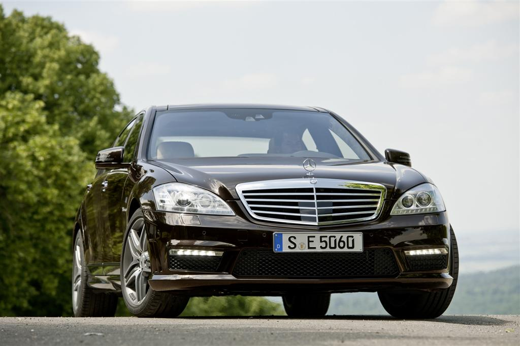 auction results and sales data for 2011 mercedes benz s class. Black Bedroom Furniture Sets. Home Design Ideas