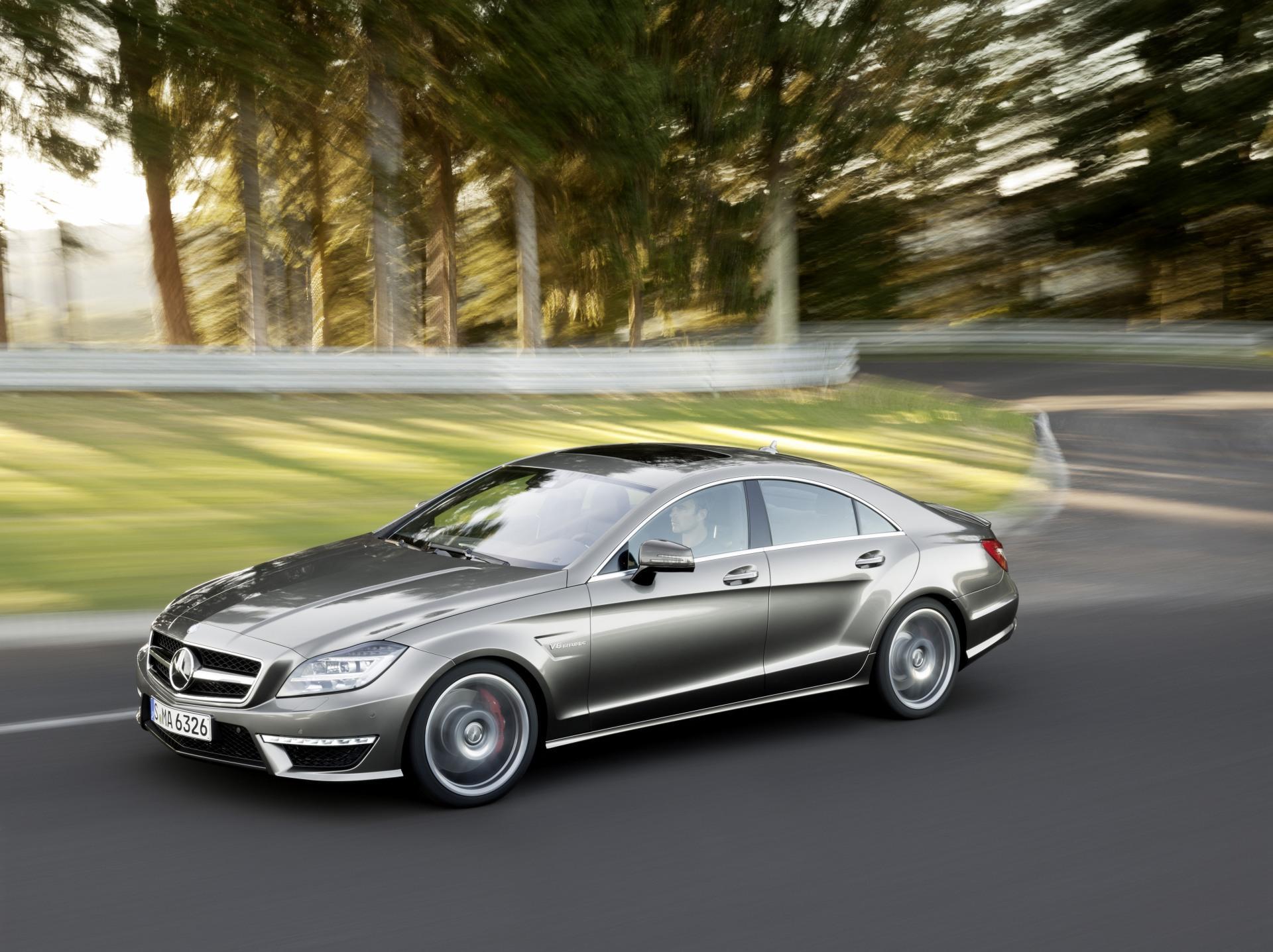 Автомобиль Mercedes-Benz CLS63 бесплатно
