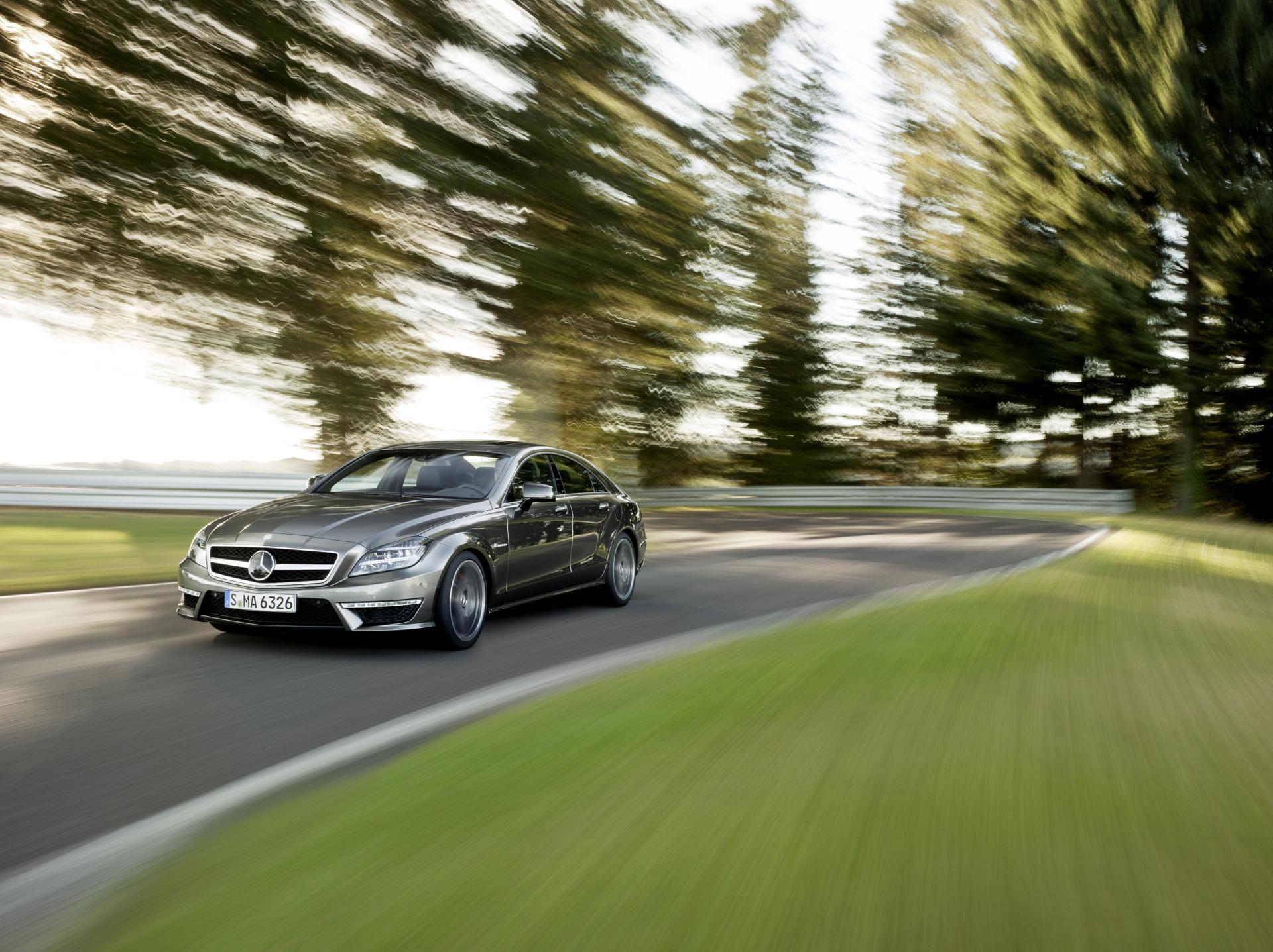 Автомобиль Mercedes-Benz CLS63 без смс