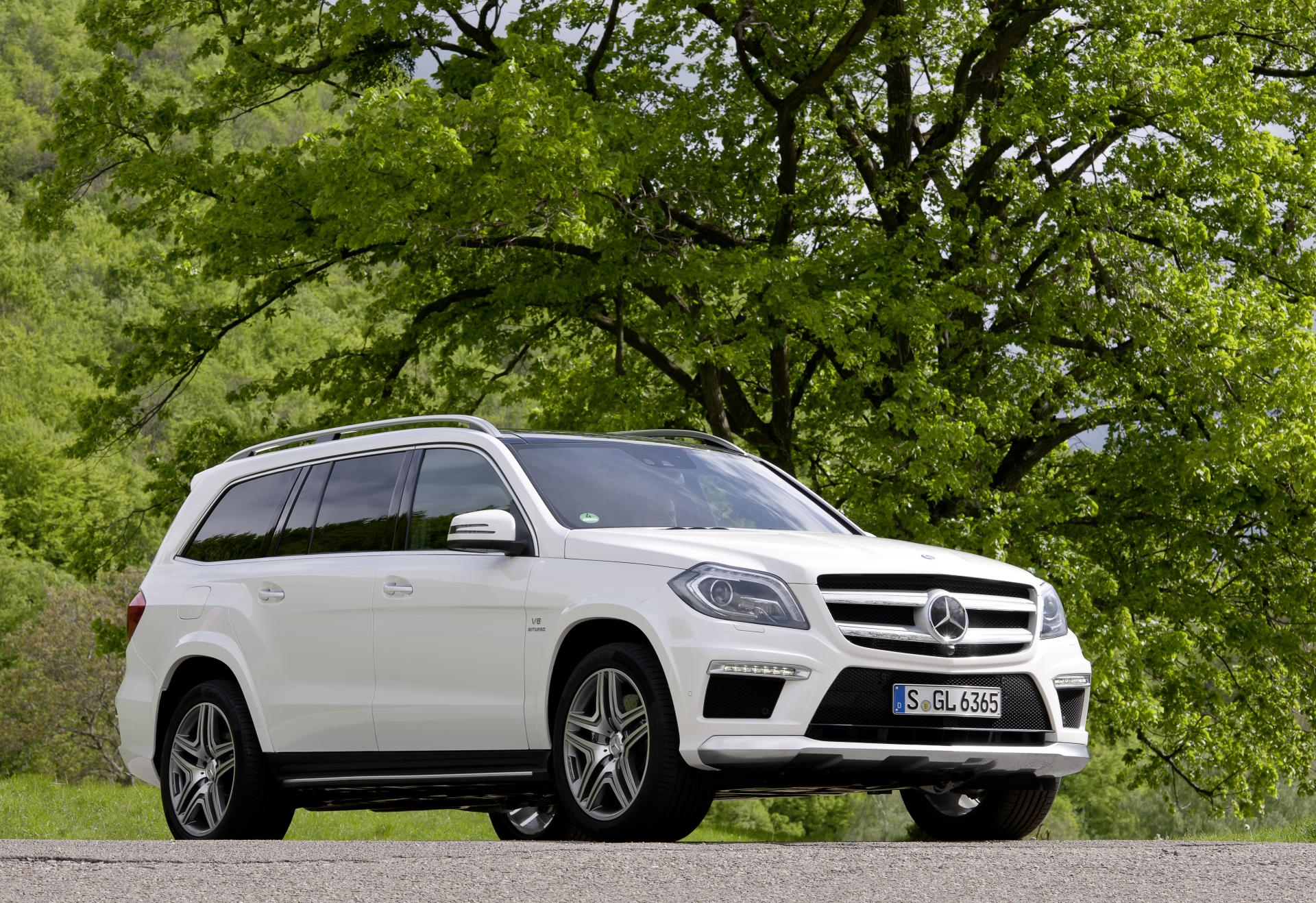 2013 Mercedes-Benz GL 63 AMG News and Information