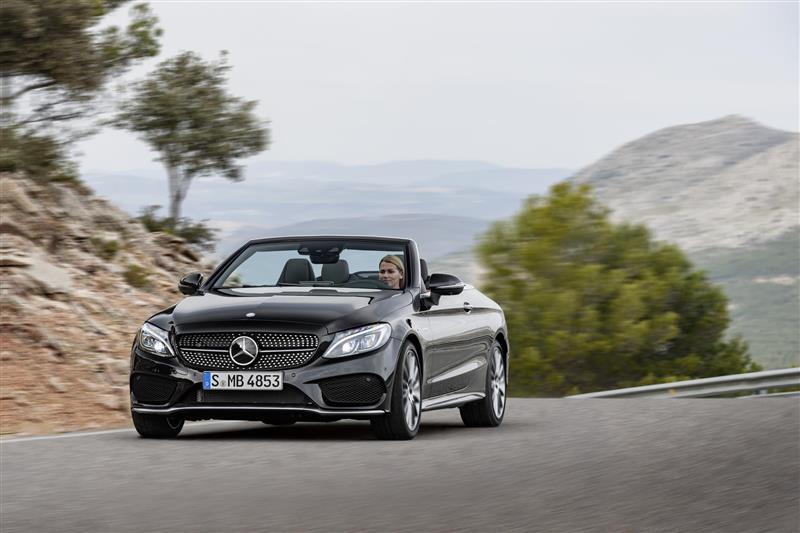 https://www.conceptcarz.com/images/Mercedes-Benz/2017-Mercedes-AMG_C43-Cabrio-010-800.jpg