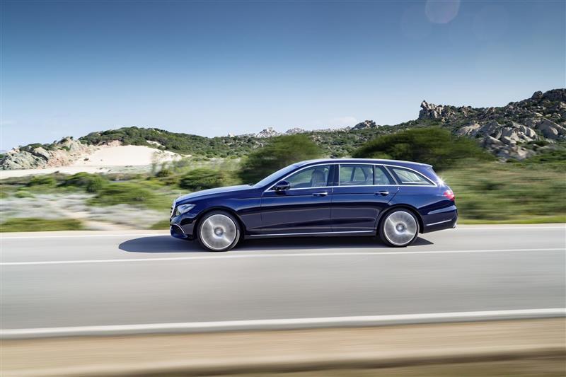 https://www.conceptcarz.com/images/Mercedes-Benz/2017-Mercedes-E-Class-Estate-image-03-800.jpg
