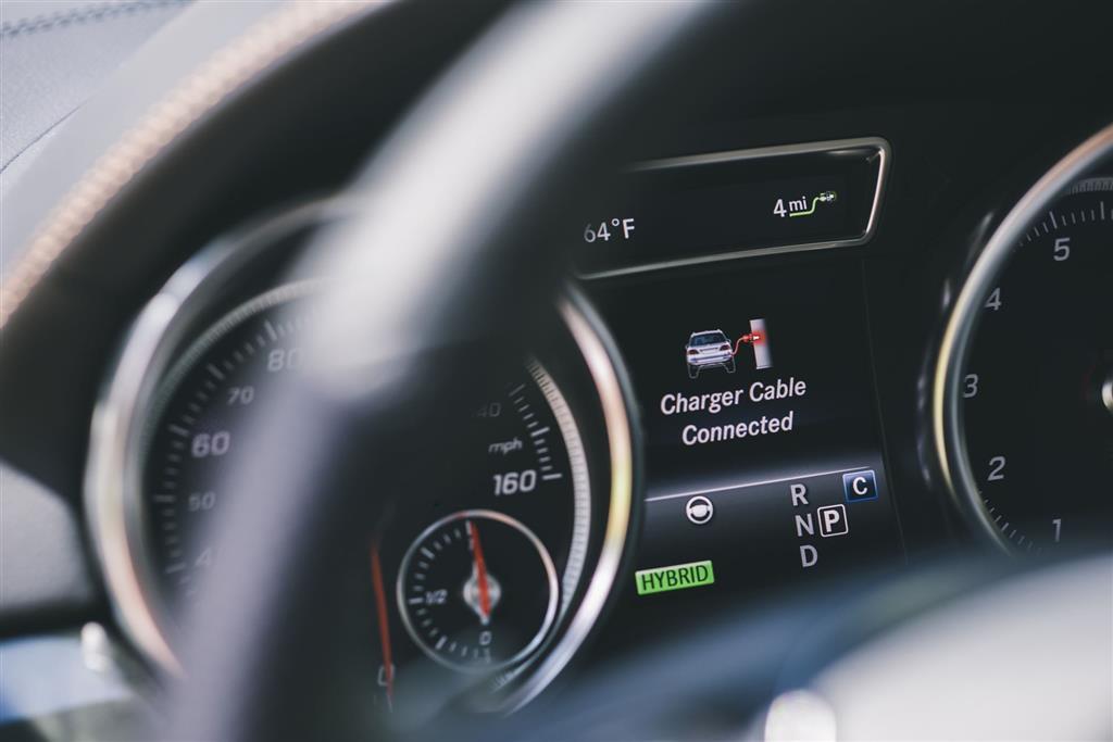 2018 mercedes benz gle for Mercedes benz remote start app
