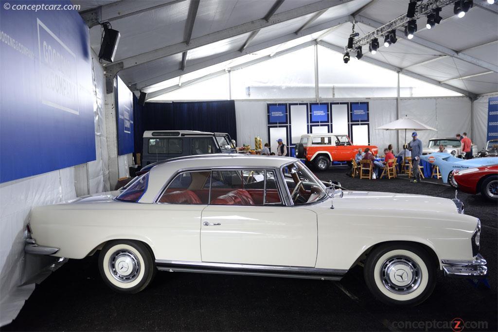 1961 Mercedes-Benz 220 Series