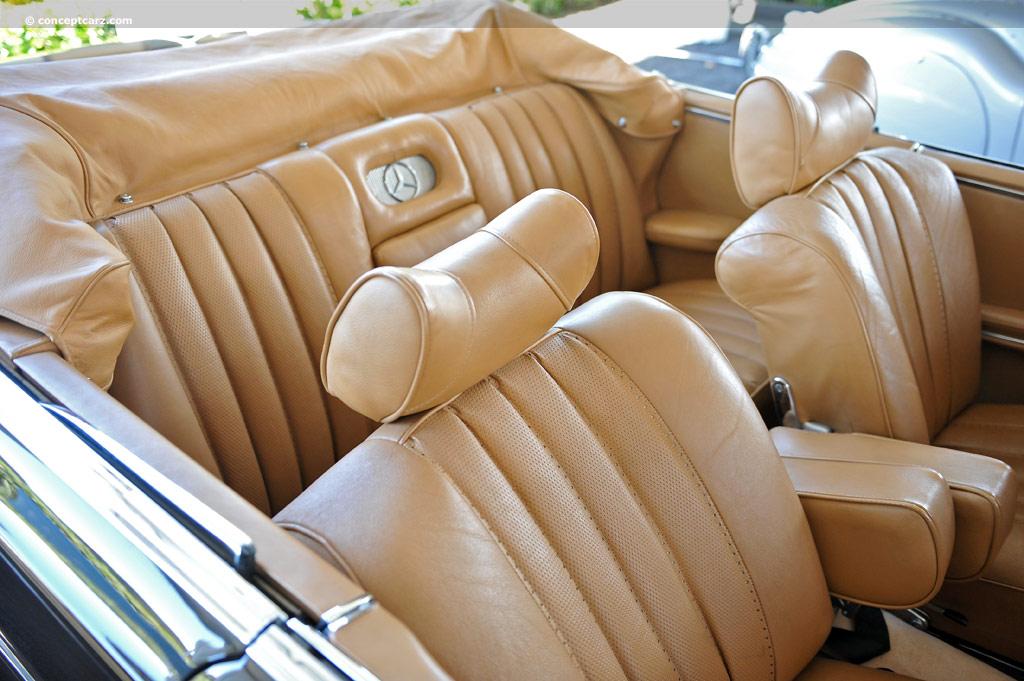 1962 Mercedes-Benz 220 Series