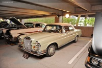 1965 Mercedes-Benz 220 Series image.