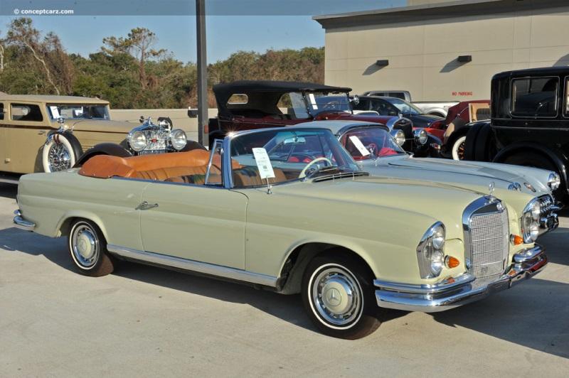 1965 Mercedes Benz 220 Series