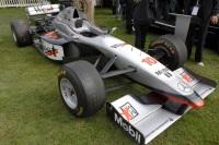 1997 McLaren MP 4-12 image.