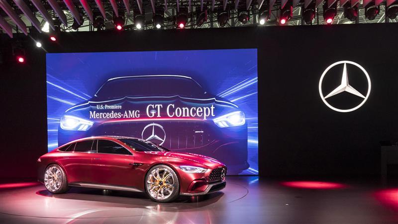 https://www.conceptcarz.com/images/Mercedes-Benz/Mercedes-AMG-GT-Concept-NYIAS_01-800.jpg