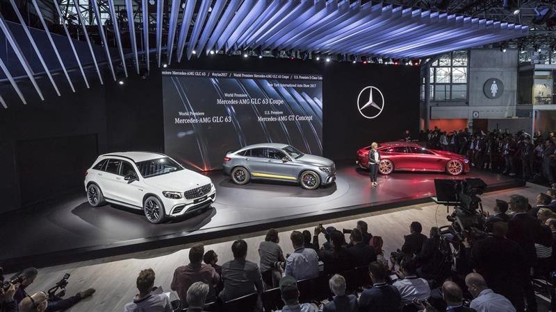 https://www.conceptcarz.com/images/Mercedes-Benz/Mercedes-AMG-GT-Concept-NYIAS_04-800.jpg