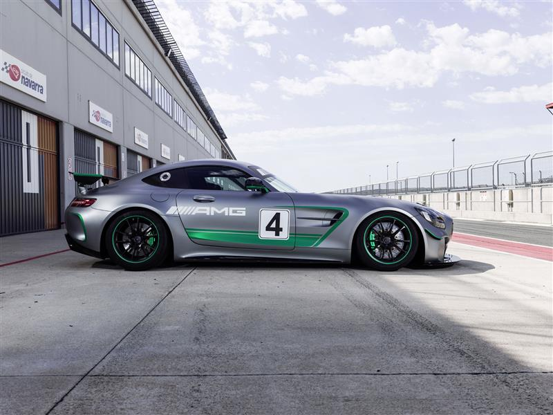 Mercedes-Benz AMG GT4 pictures and wallpaper