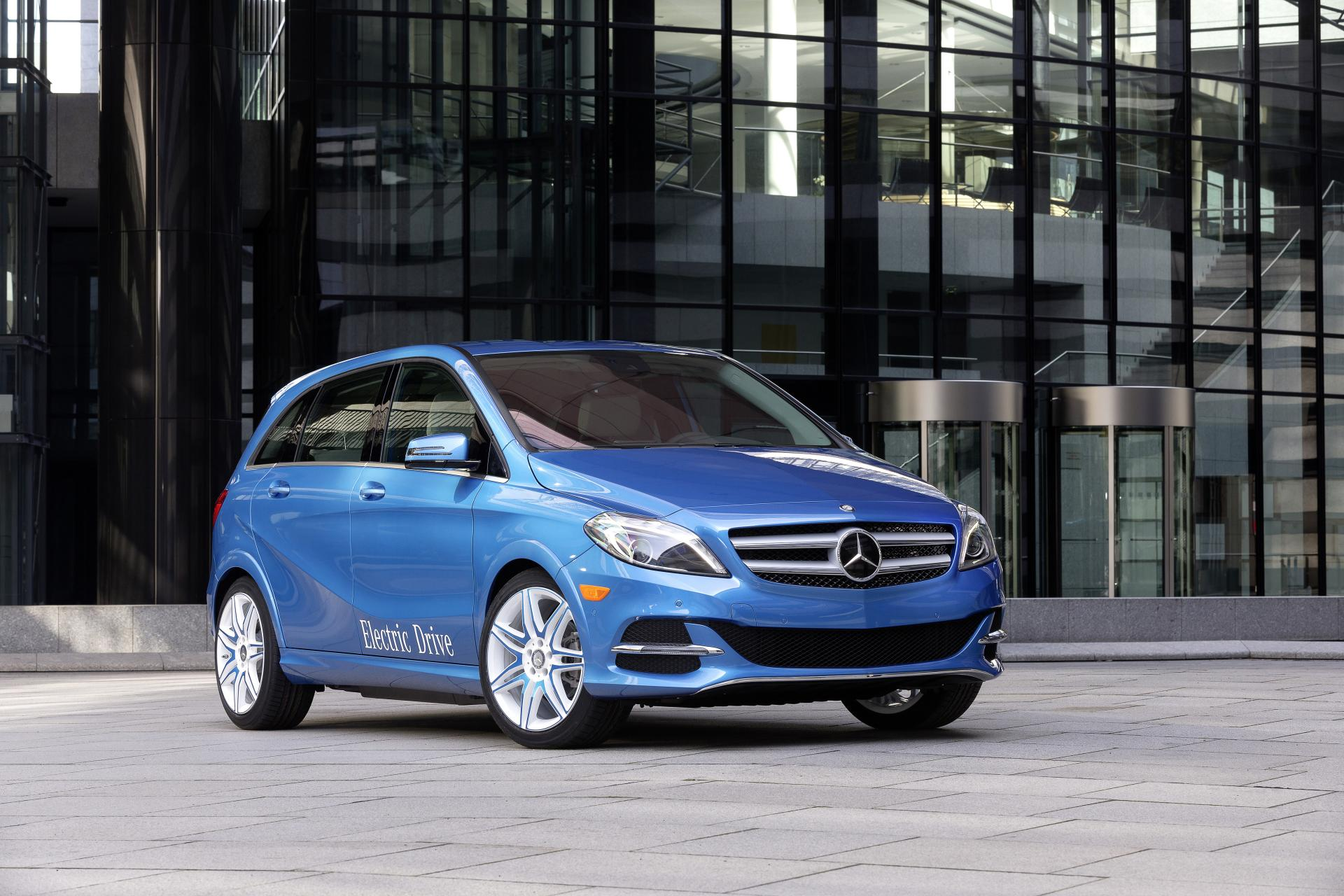 2014 mercedes benz b class electric drive news and information. Black Bedroom Furniture Sets. Home Design Ideas