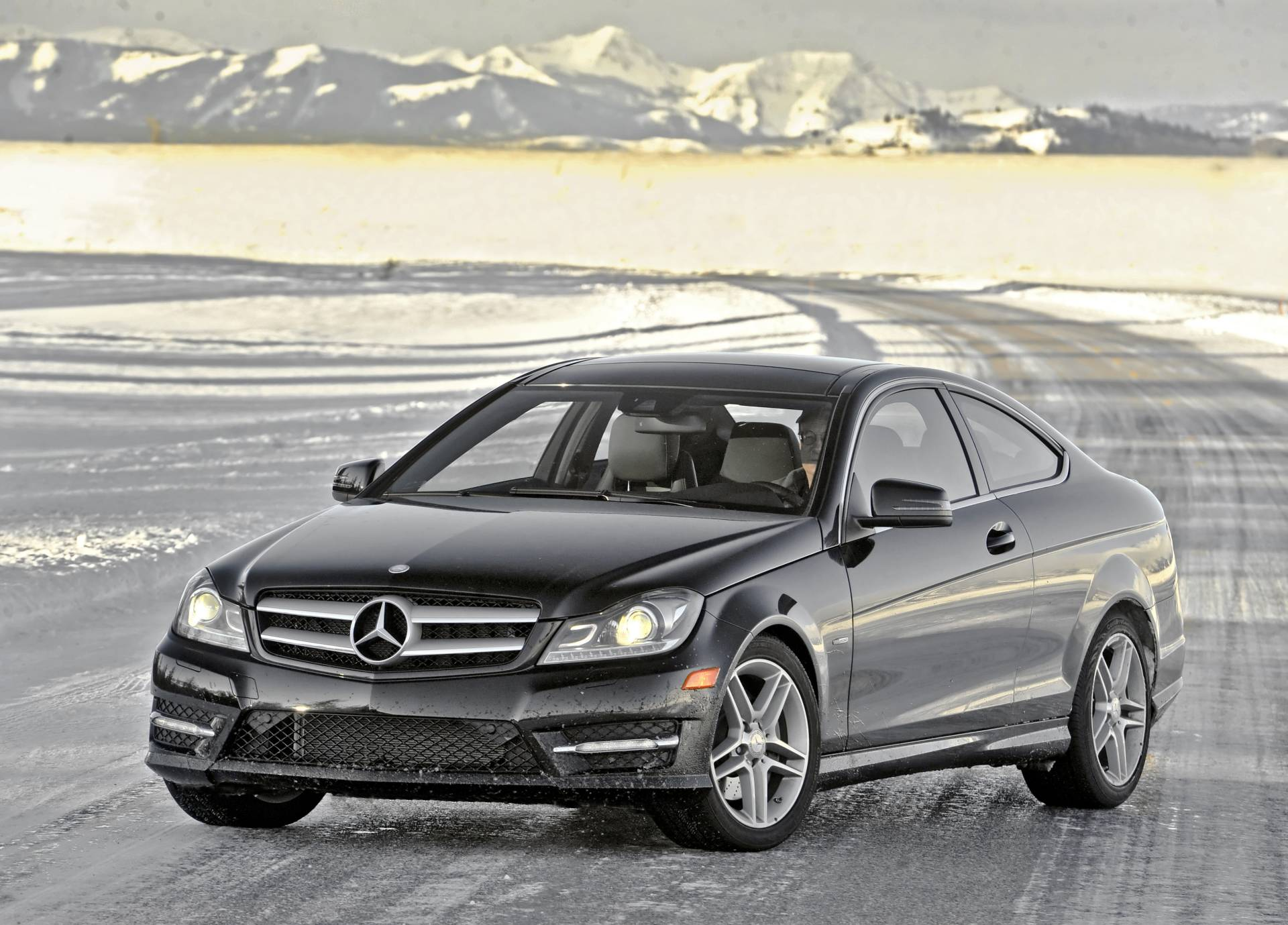 2013 mercedes benz c class news and information for Mercedes benz schedule a