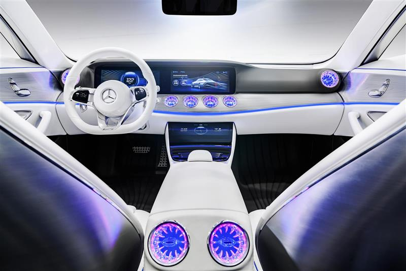 https://www.conceptcarz.com/images/Mercedes-Benz/Mercedes-Benz-Concept-IIA_2015-Image-i01-800.jpg