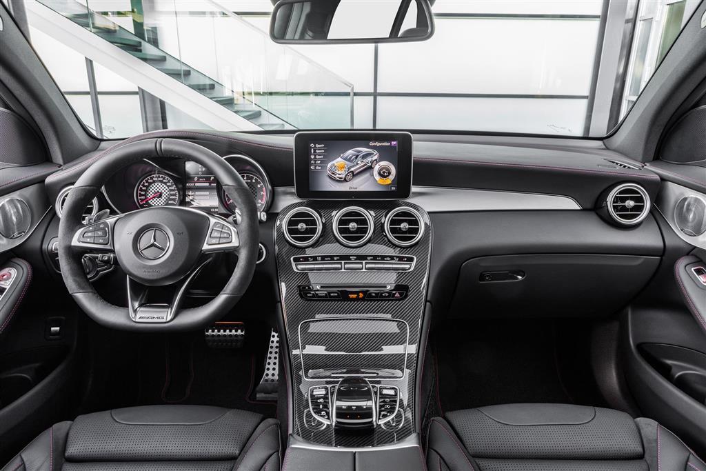 https://www.conceptcarz.com/images/Mercedes-Benz/Mercedes-Benz-GLC_43-4Matic-crossover-i01-1024.jpg