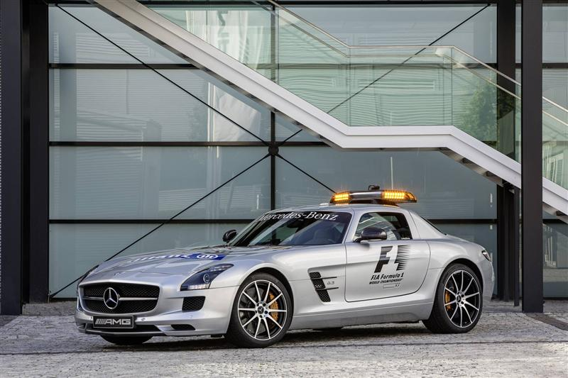 2013 Mercedes Benz Sls Amg Gt F1 Safety Image Photo 7 Of 7