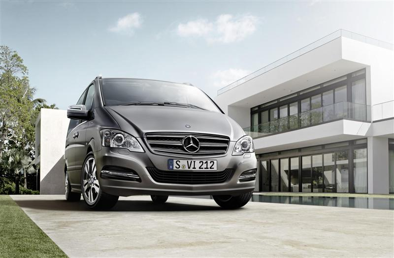 2012 Mercedes-Benz Viano PEARL Limited Edition