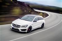 2015 Mercedes-Benz CLA 45 AMG Shooting Brake image.