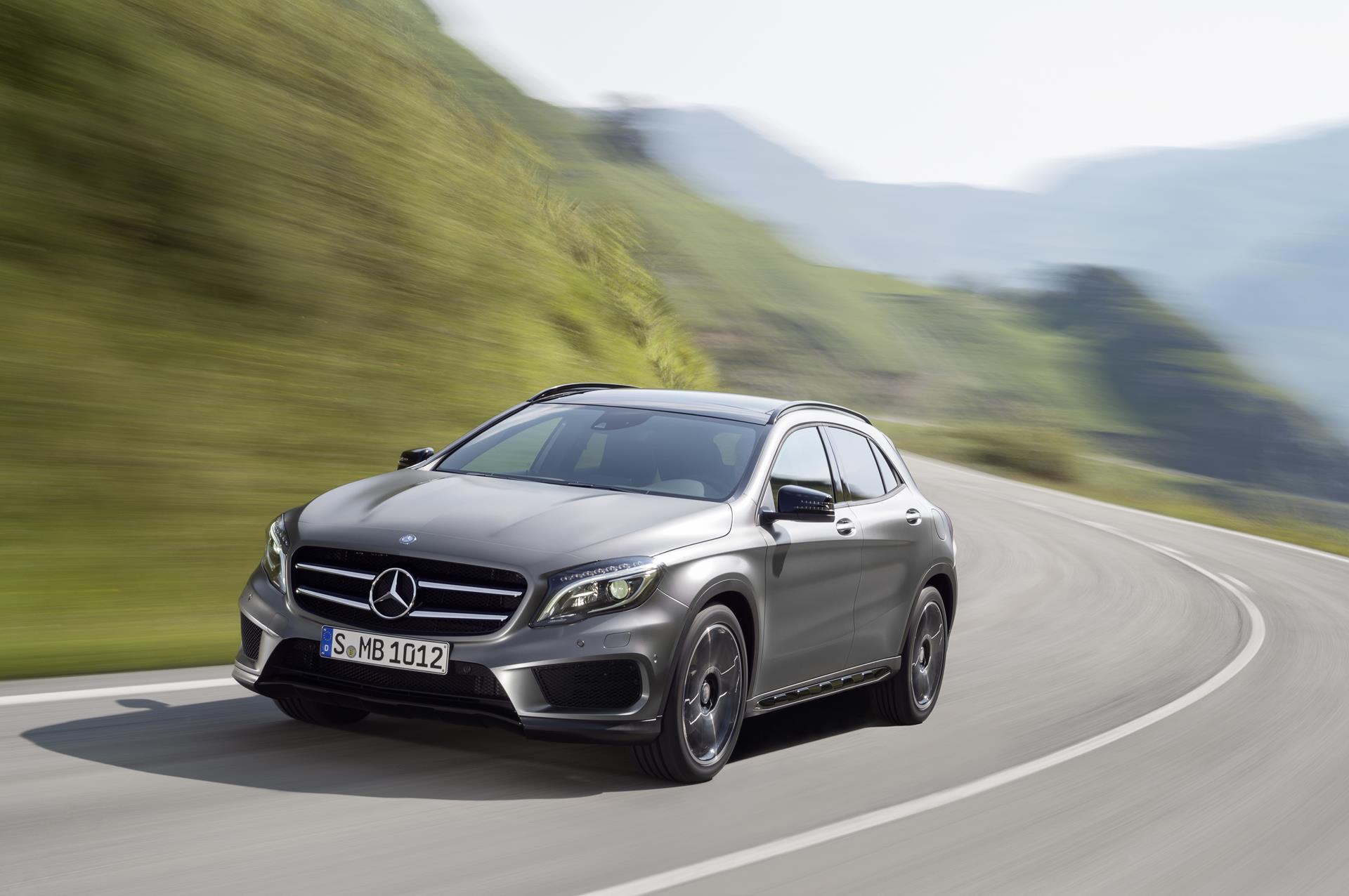 2016 mercedes benz gla class news and information for Mercedes benz e class suv