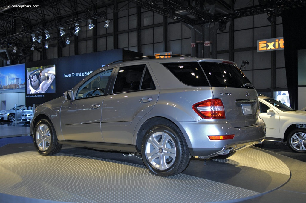 Auction results and sales data for 2009 mercedes benz ml for Mercedes benz ml 450