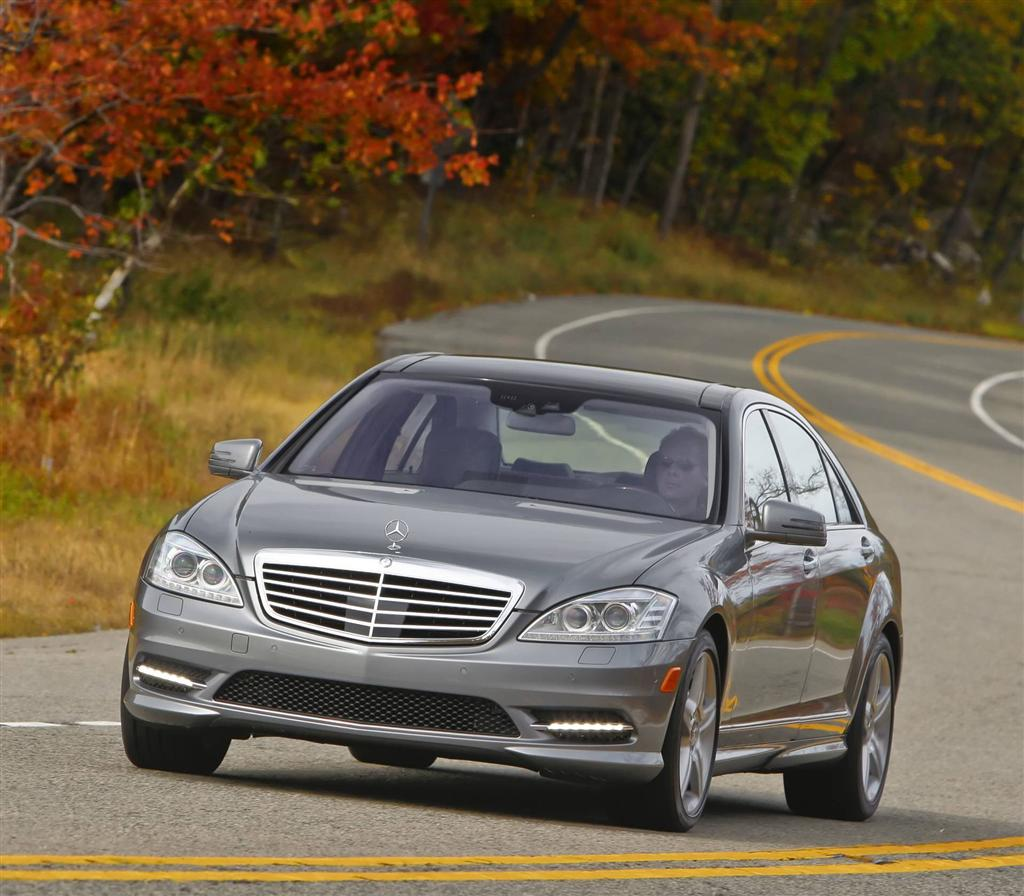 Auction results and sales data for 2013 mercedes benz s550 for Mercedes benz s class 500