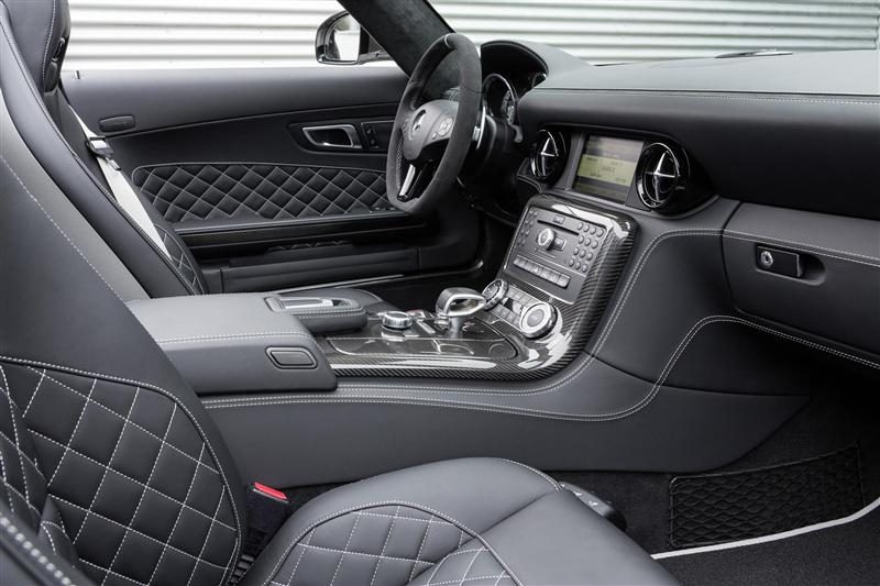 2014 Mercedes-Benz SLS AMG GT Final Edition Image. Photo 4 of 44