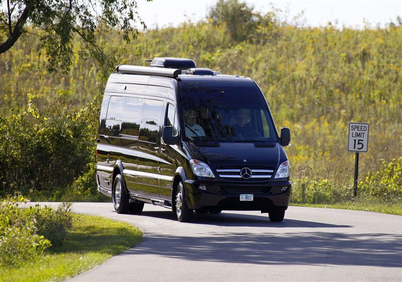 2014 mercedes benz sprinter caravan concept image photo for Mercedes benz sprinter 2014