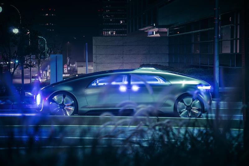 2015 mercedes benz f 015 luxury in motion concept image for Mercedes benz f 015 price