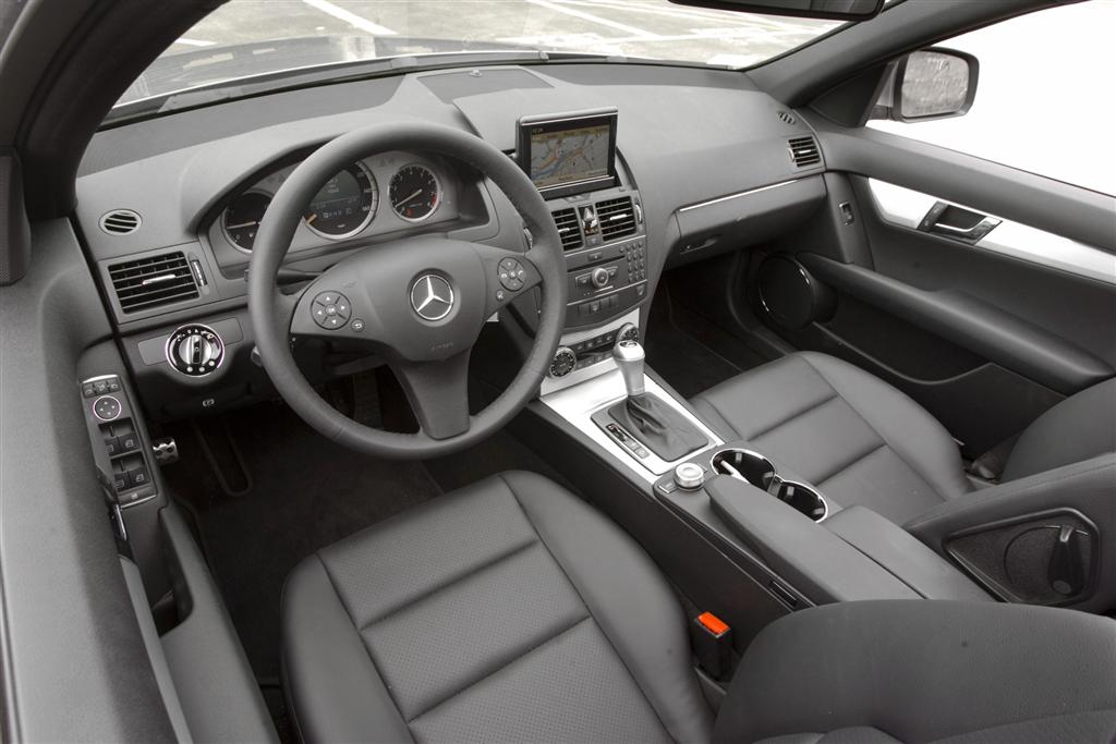 2009 mercedes benz c class for Mercedes benz c300 manual
