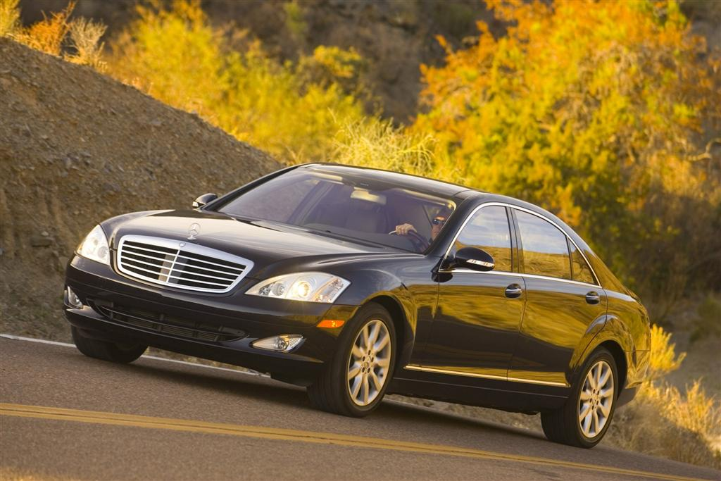 Service manual how to fix 2008 infiniti g engine rpm for Mercedes benz complaint department