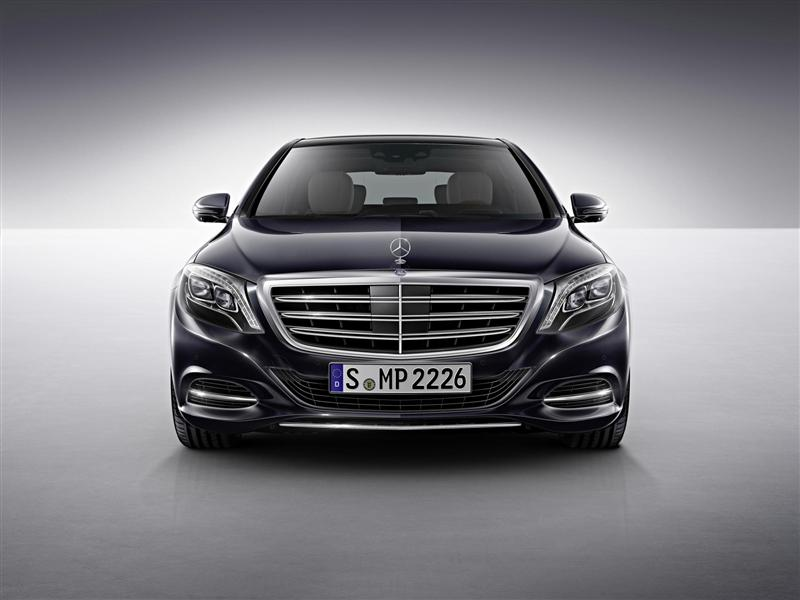 2015 Mercedes-Benz S600 News and Information