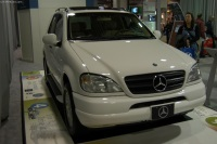 2003 Mercedes-Benz ML 430 image.