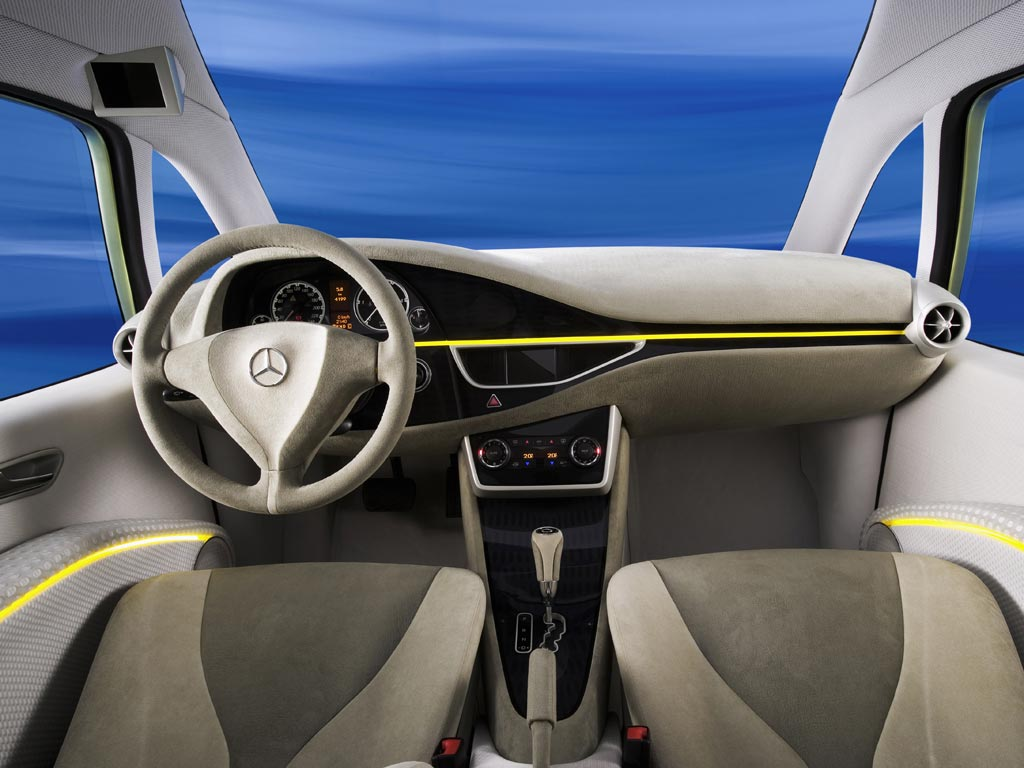 2006 Mercedes-Benz Bionic Image. Photo 2 of 3