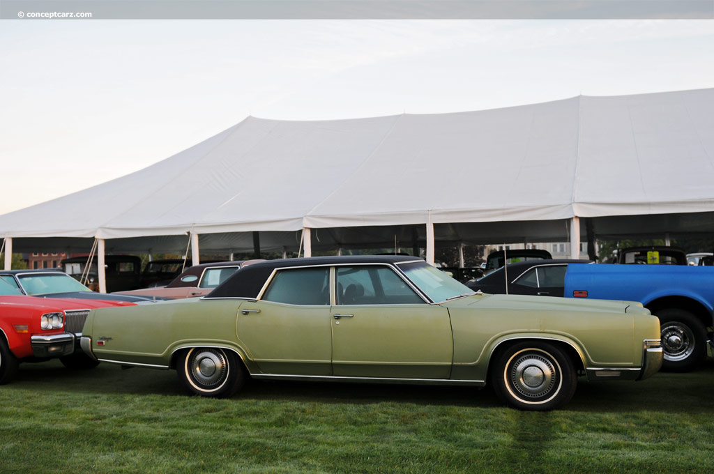 Mercury Marquis Dv Gg on 1970 Dodge Sedan