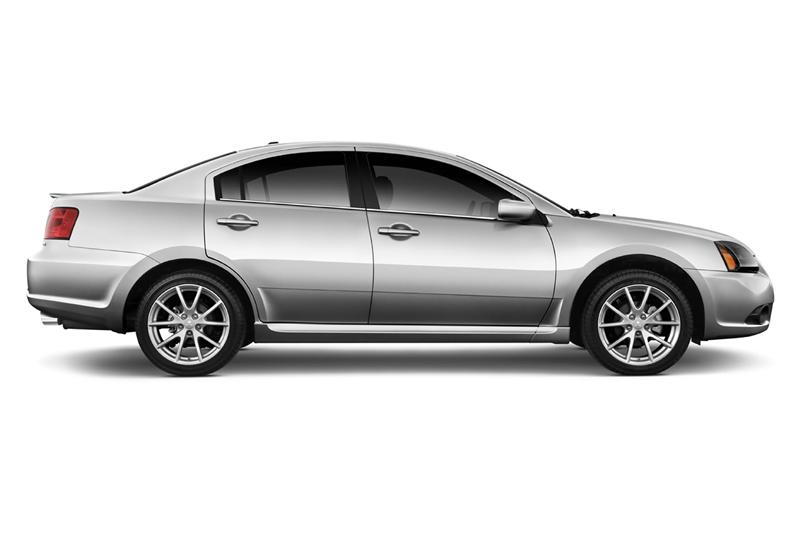 2012 Mitsubishi Galant Image. Photo 2 of 2