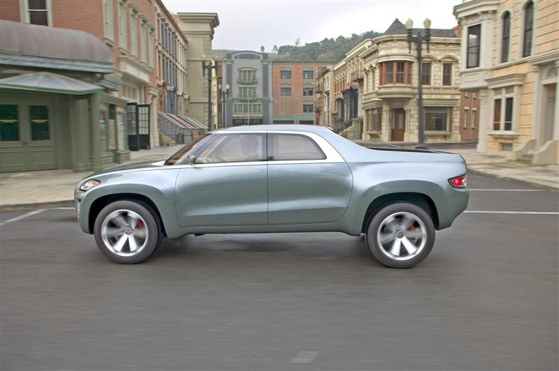 2004 Mitsubishi Sport Truck Concept Image Photo 11 Of 56