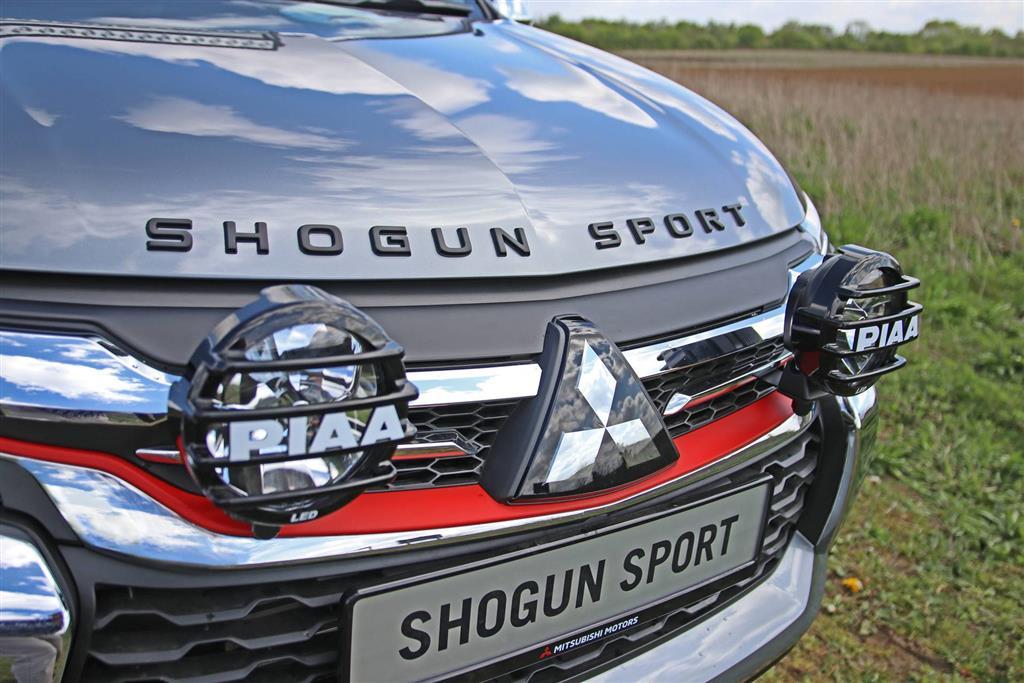 2019 Mitsubishi Shogun Sport SVP Concept