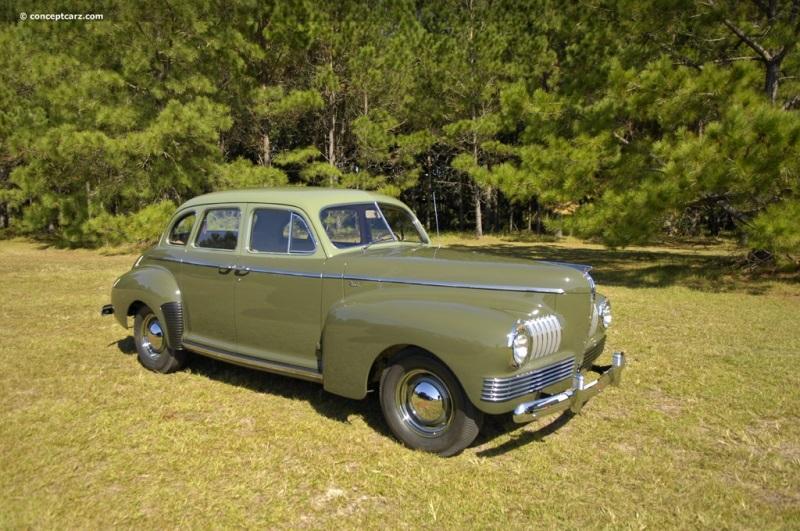 1941 Nash Ambassador Six Series 4160