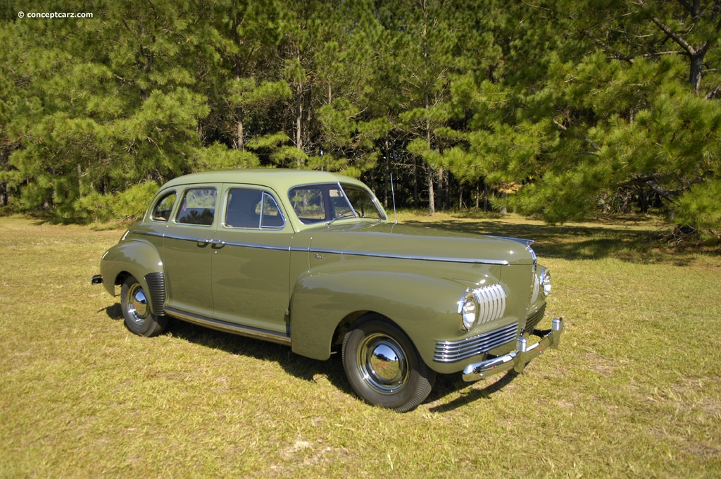 1941 Nash Ambassador Six Series 4160 History Pictures
