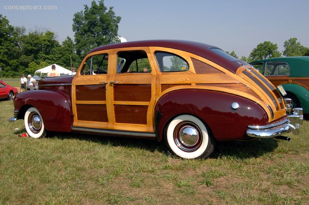 Bentley Car Wallpaper >> 1946 Nash Ambassador Series 60 Image. https://www.conceptcarz.com/images/Nash/46_Nash_Suburban ...