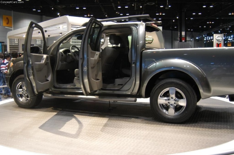 2005 nissan frontier history pictures value auction. Black Bedroom Furniture Sets. Home Design Ideas